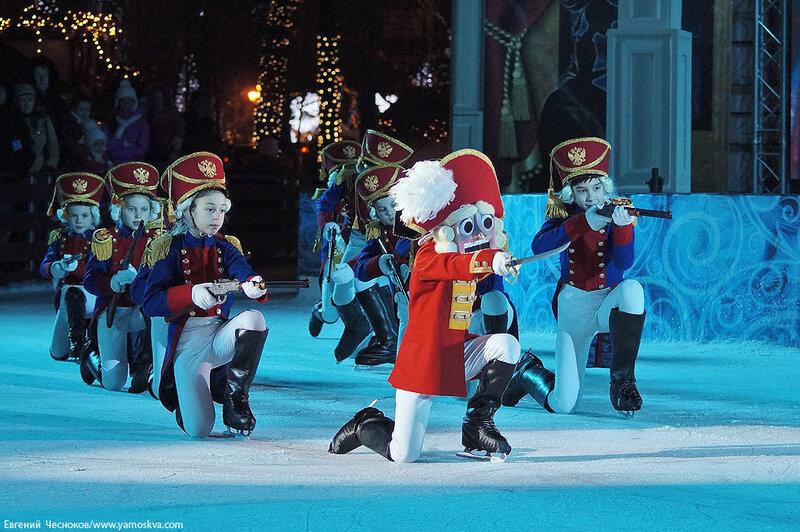 Зима. Щелкунчик на льду. 18.12.14.22..jpg