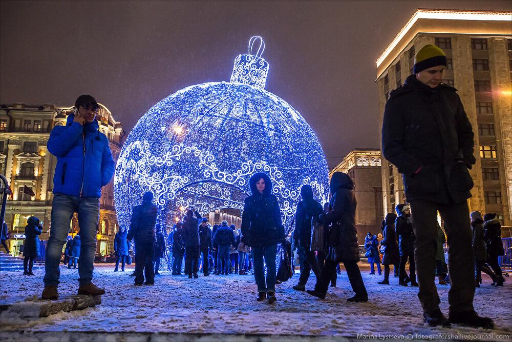Новогодний шарик на Манежке