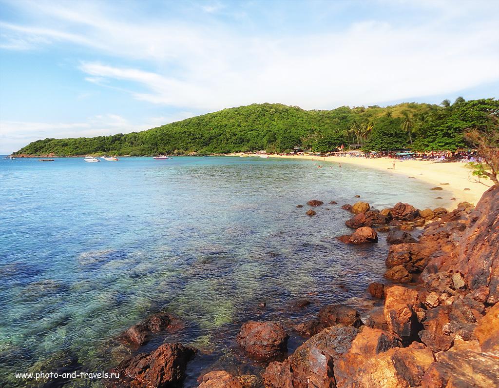 3. Панорама пляжа Манки Бич (Monkey Beach) на острове Koh Larn. Приезжайте сюда на пароме, если будете отдыхать в Паттайе.