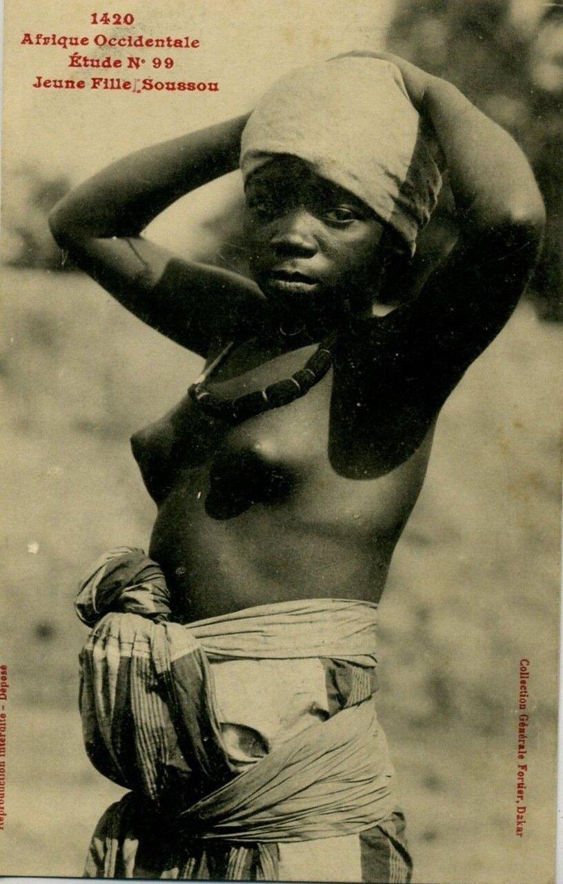 1910. Гвинея.  Девушка народности соуссоу.