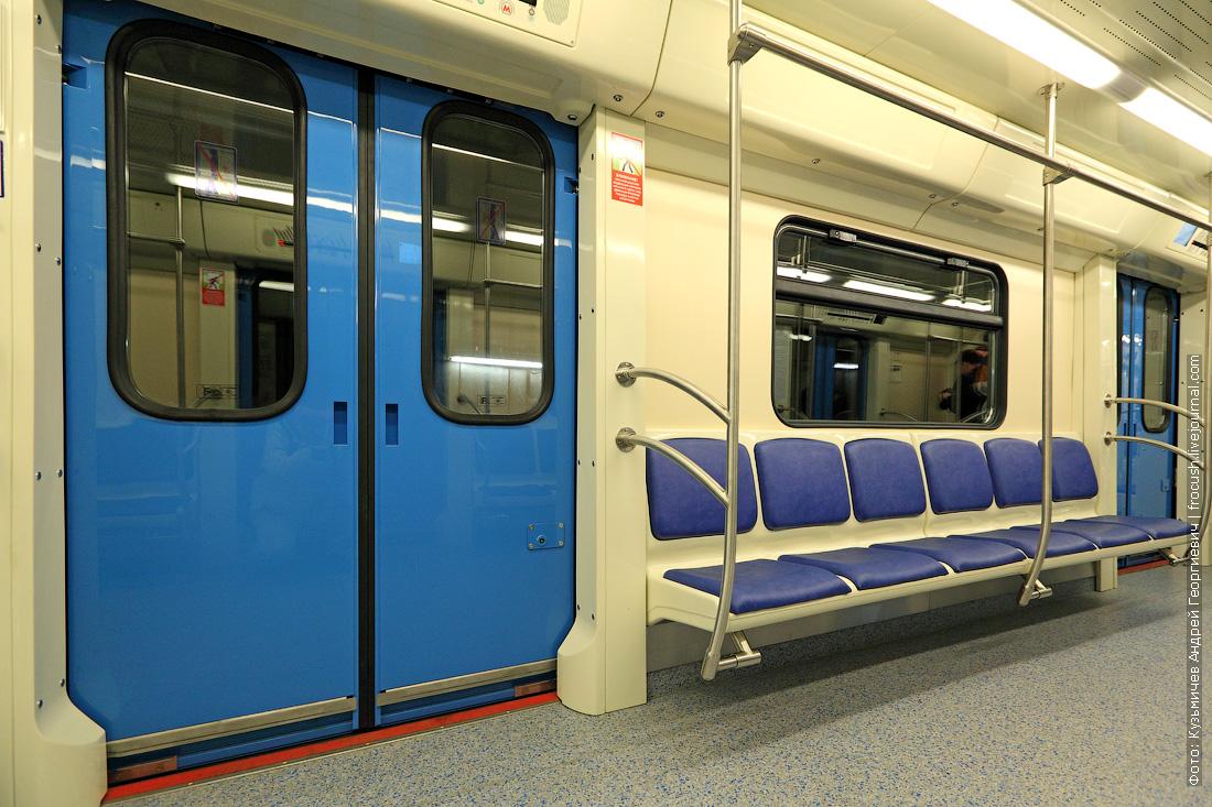 интерьеры вагона 81-760А поезд метро
