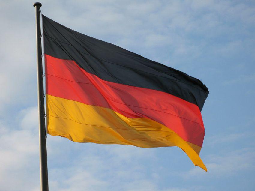 Германия и ее суверенитет. Военные базы США это оккупация.