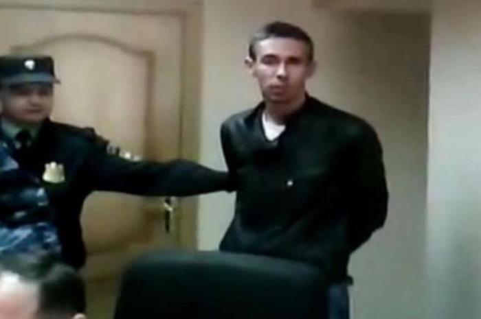 Видео. Актер Алексей Панин воспитывает полицейского