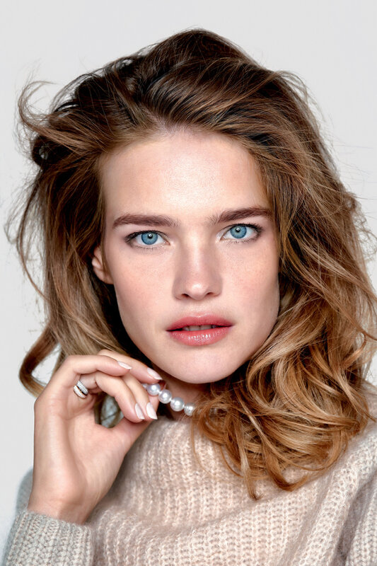 natalia-vodianova-by-pamela-hanson-for-vogue-russia-february-2015.jpg