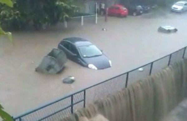 Сербия, Белград, стихийное бедствие