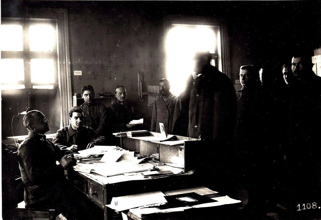 Допрос русских военнопленных во Владимире-Волынском