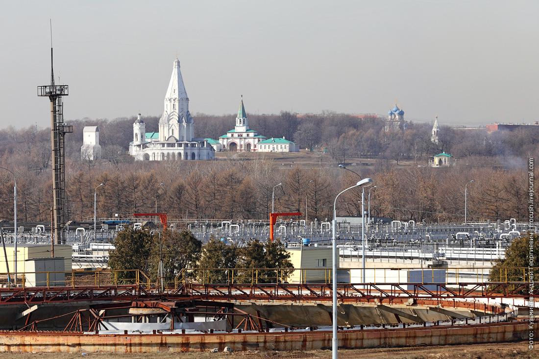 курьяновские очистные сооружения на фоне парка Коломенское