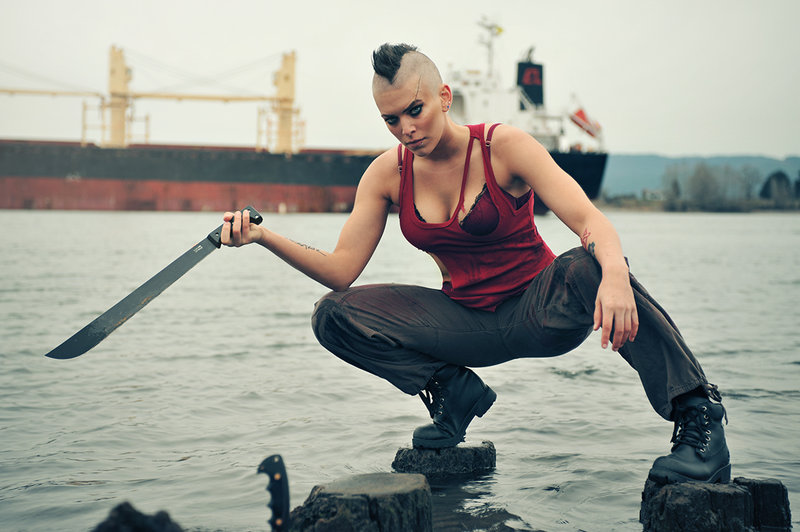 косплей девушка в роли вас монтенегро Far Cry 3
