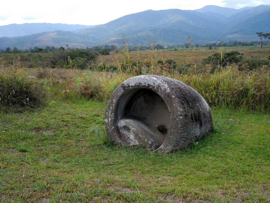 Каменный кувшин
