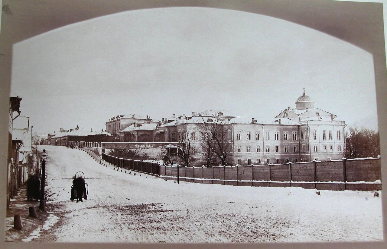 10. Общий вид здания Елизаветинского училища