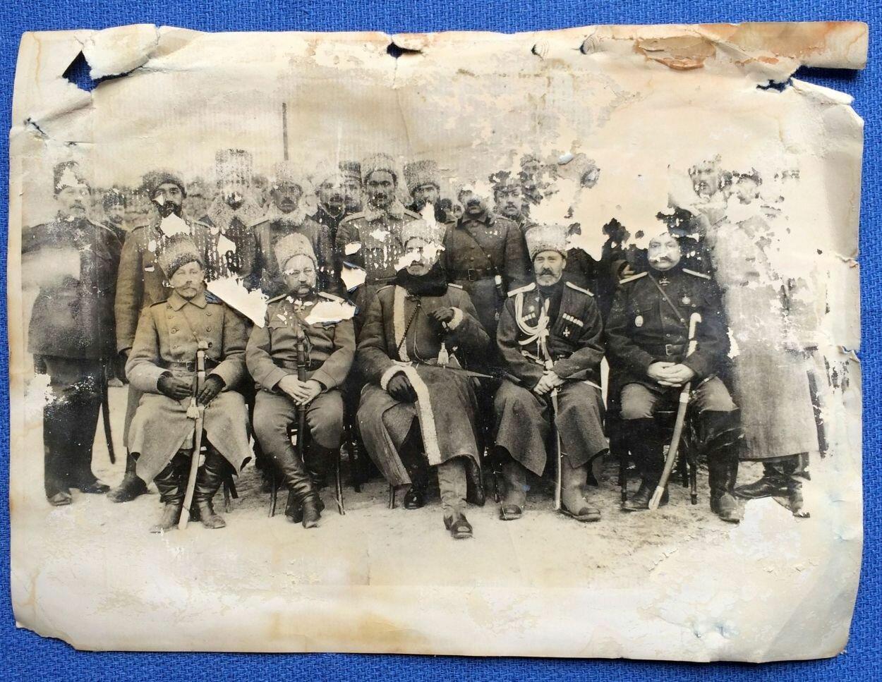 Генерал Юденич с чинами штаба Кавказской армии