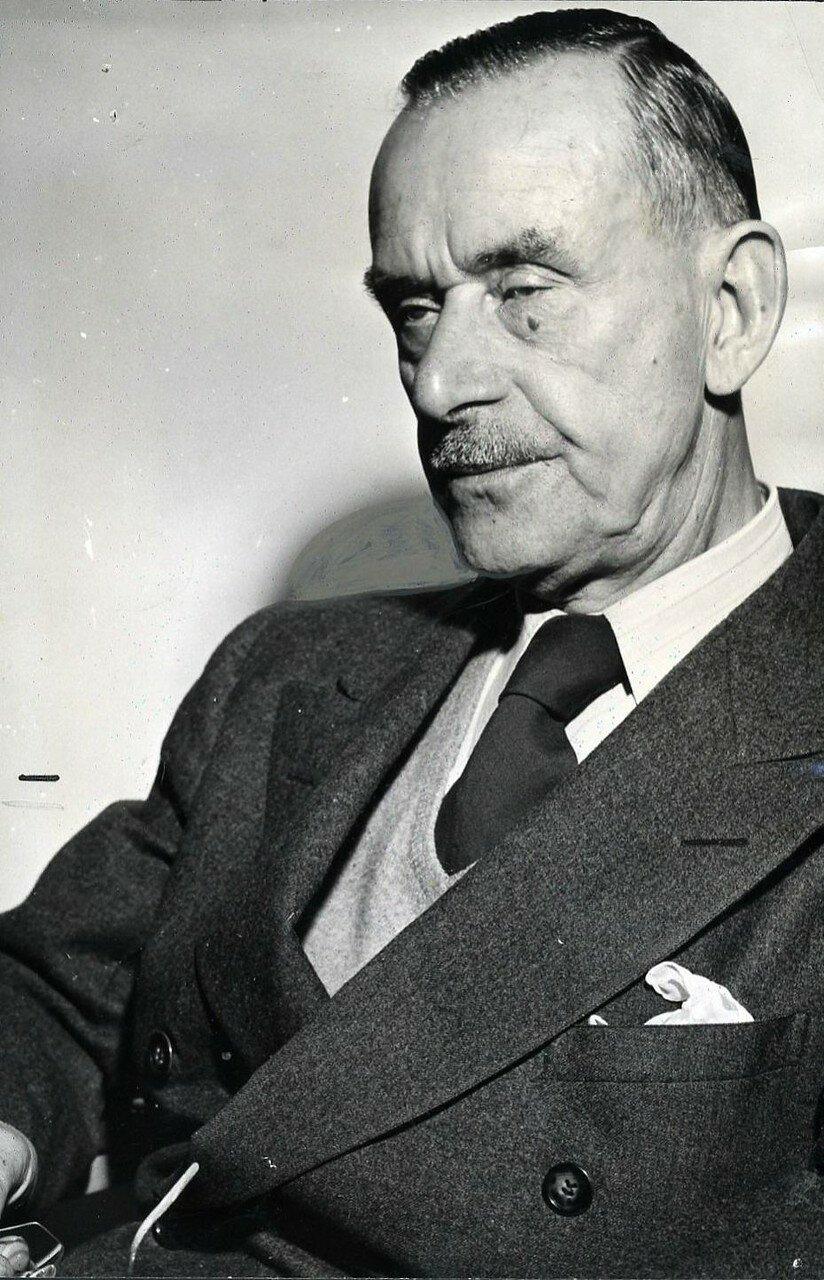1947. Томас Манн (писатель)
