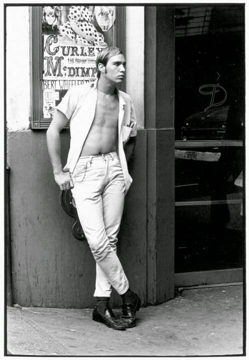 Male hustler standing on street corner  William Gedney, 1967.jpg