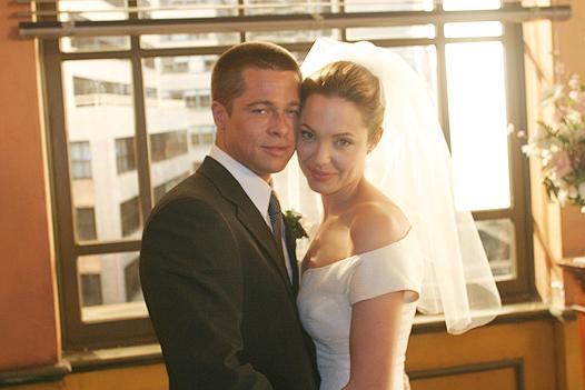 Питт и Джоли поженились еще до свадебной церемонии во Франции