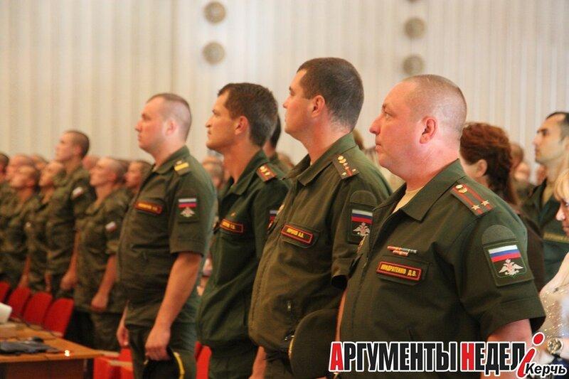 Железнодорожного солдатам мосты роты офицерам конструкцию война метров батальона приходится железнодорожников