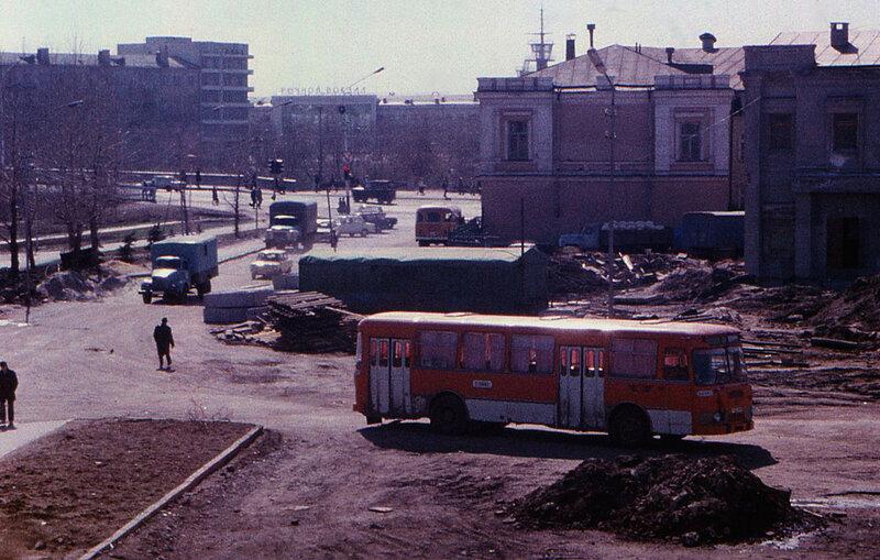 Улица Бударина и Юбилейный мост