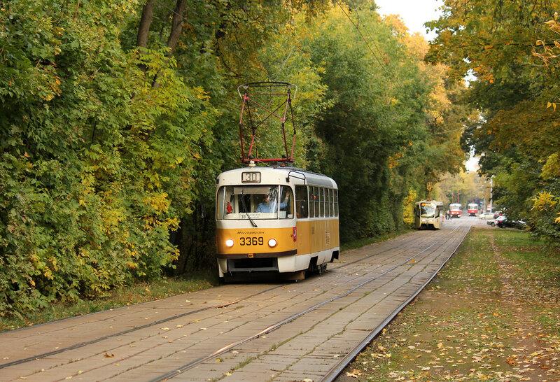Трамвай 3369