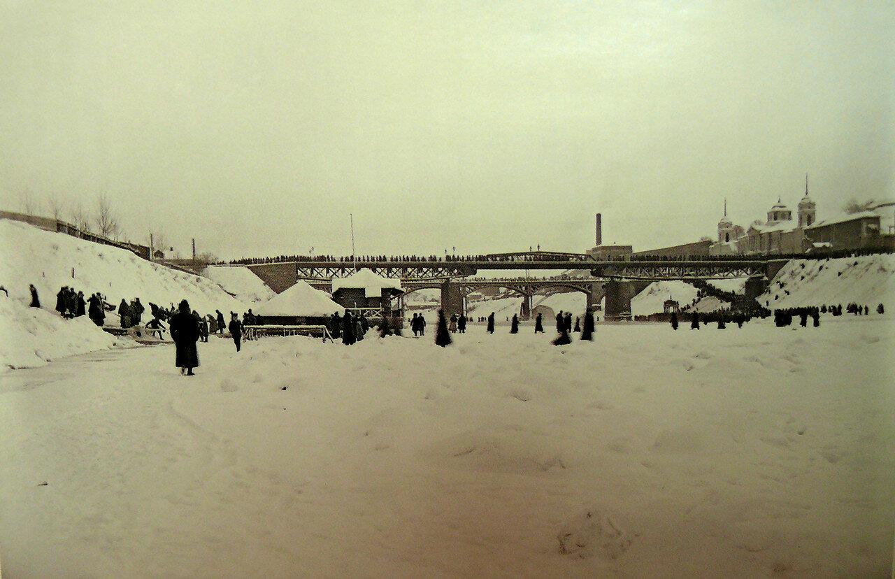 36. Замерзший Днепр