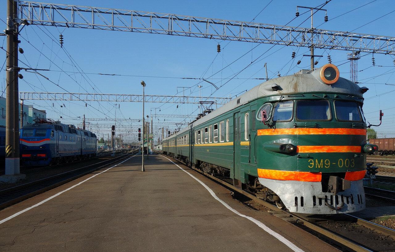 ЭМ9-003 на станции Вязьма
