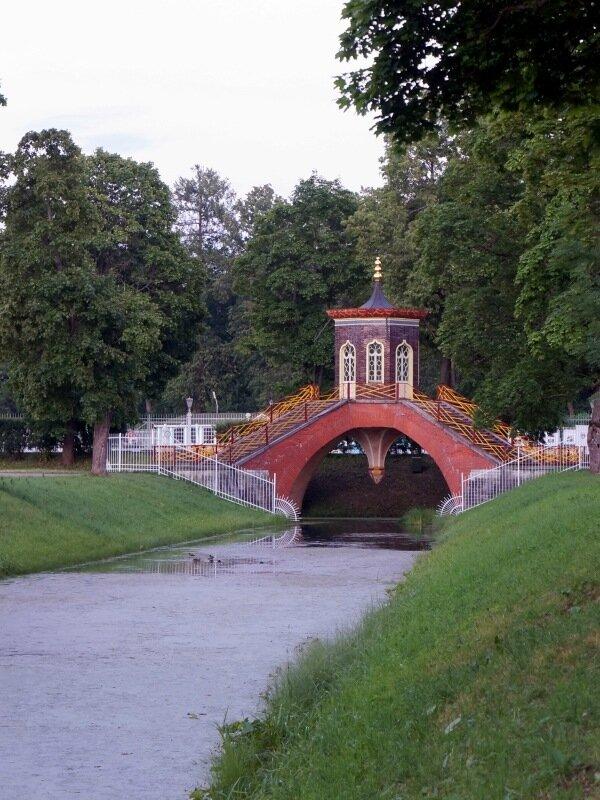 Крестовый мостик на Крестовом канале