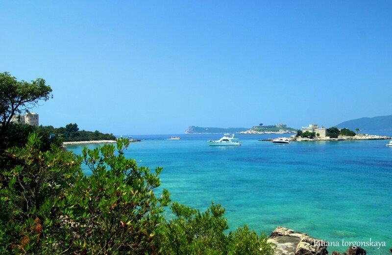 Остров Жанице, Мамула, форт Арза и крепость Оштро