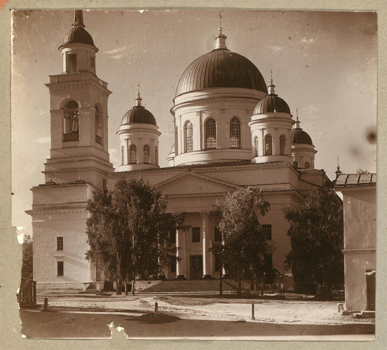Александро Невский собор в монастыре