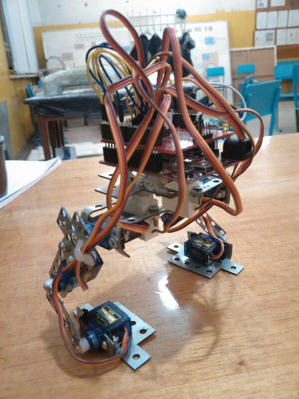 Роботы ДОСААФ - занятие16-03.jpg