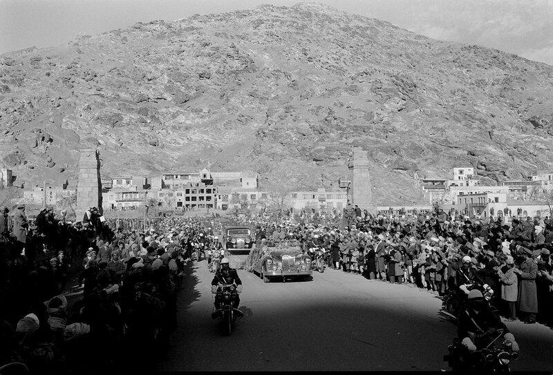 1280px-President_Eisenhower_in_Kabul.jpg