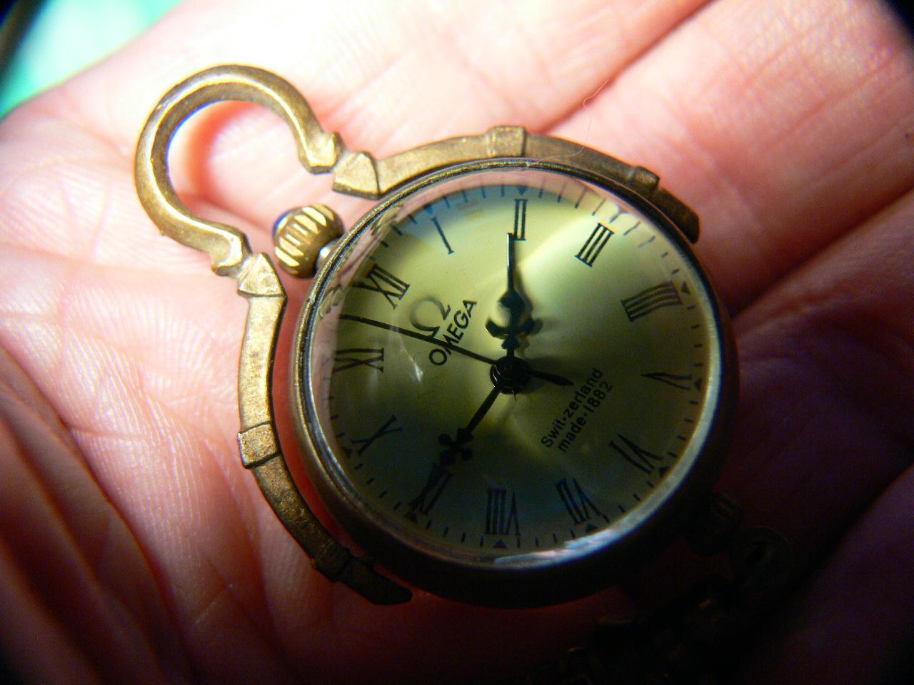 В разделе техника, приборы, часы, часы, cекундомеры в стиле.