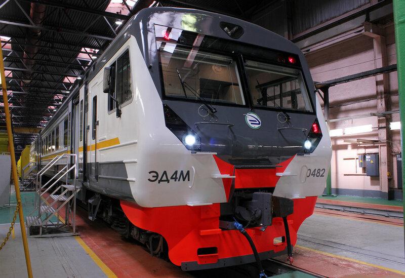 ЭД4М-0482 в окрасе ЦППК