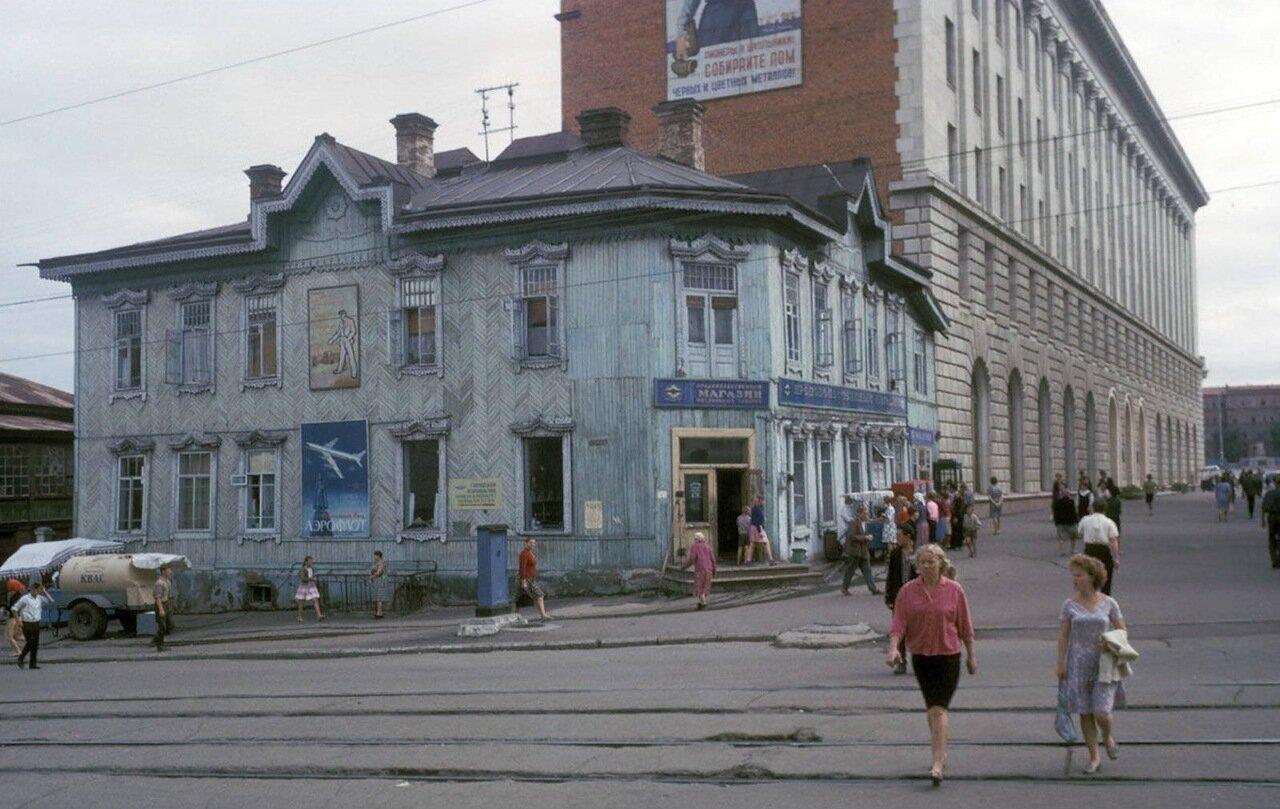 Хабаровск. Уличная сцена