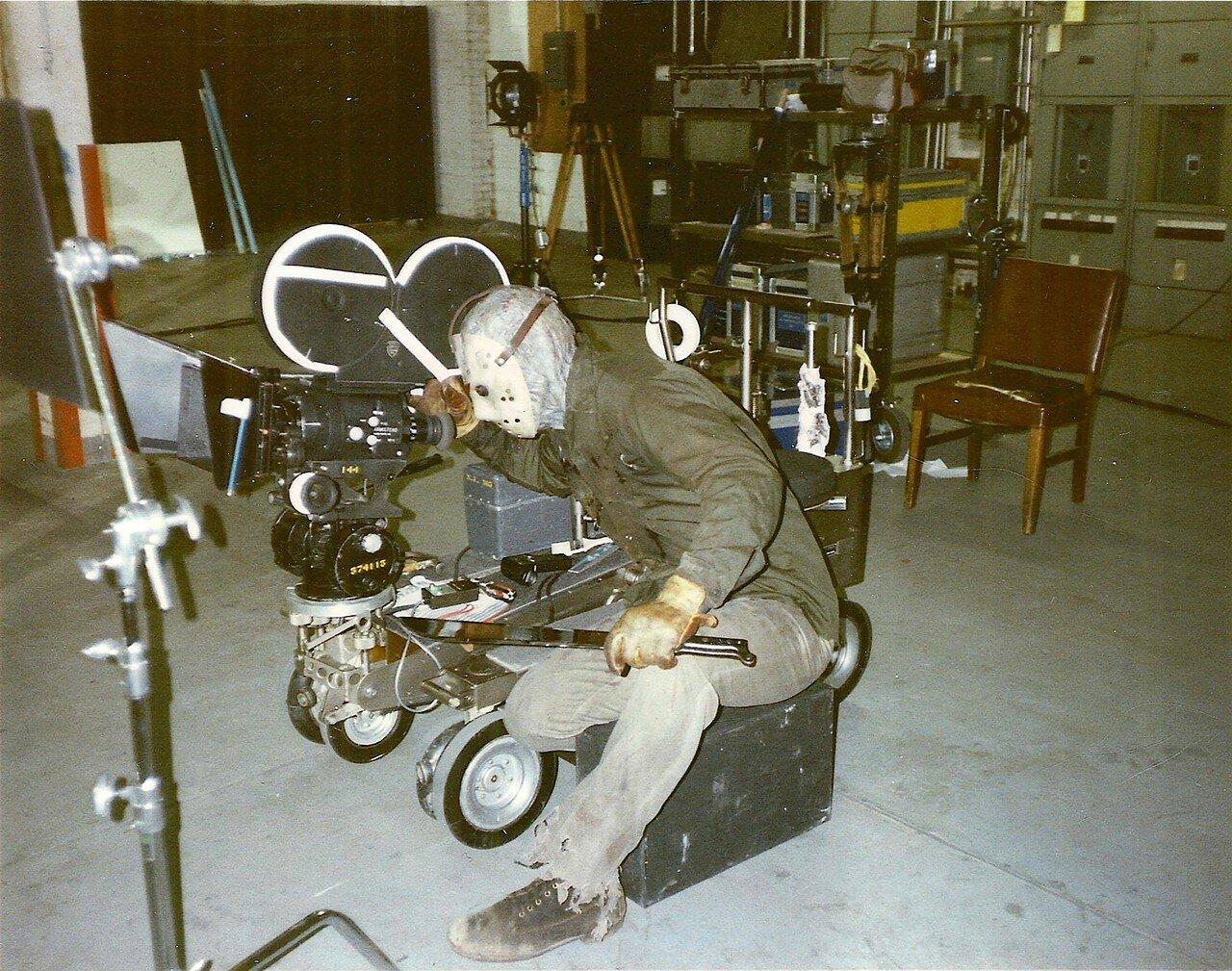 1982. Ричард Брукер на съемках «Пятница 13, часть III»