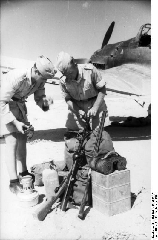 Nordafrika, Ьberprьfung von Stuka-Ausrьstung