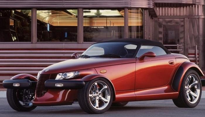 Премиальный родстер Plymouth Prowler был выполнен в ретро стилистике. Создан автомобиль концерном Ch