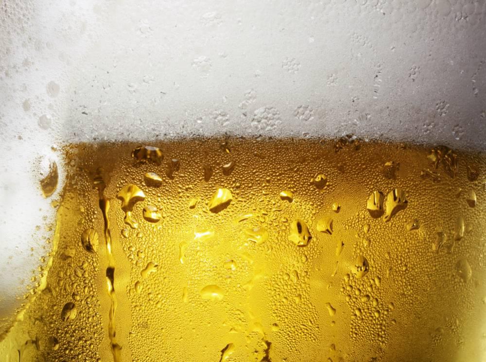 1. Пиво продлевает жизнь. Исследователи из компании Virginia Tech обнаружили, что люди, которые регу