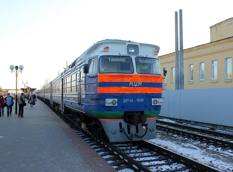 ДР1А-166 на станции Гомель