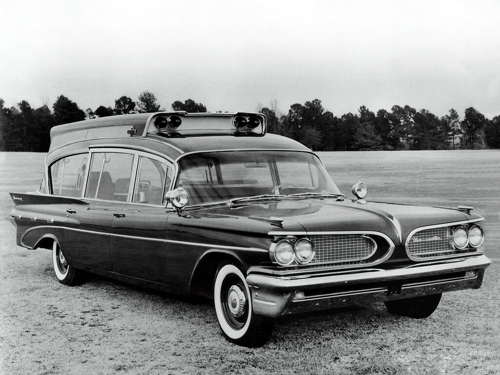1959_Superior_Pontiac_Criterion_Suburban_Hightop_Ambulance_stationwagon_emergency_retro_____g_2048x1536.jpg