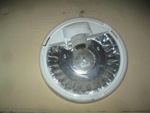 Вызов электрика аварийной службы из-за длительного отсутствия электричества в отдельной квартире