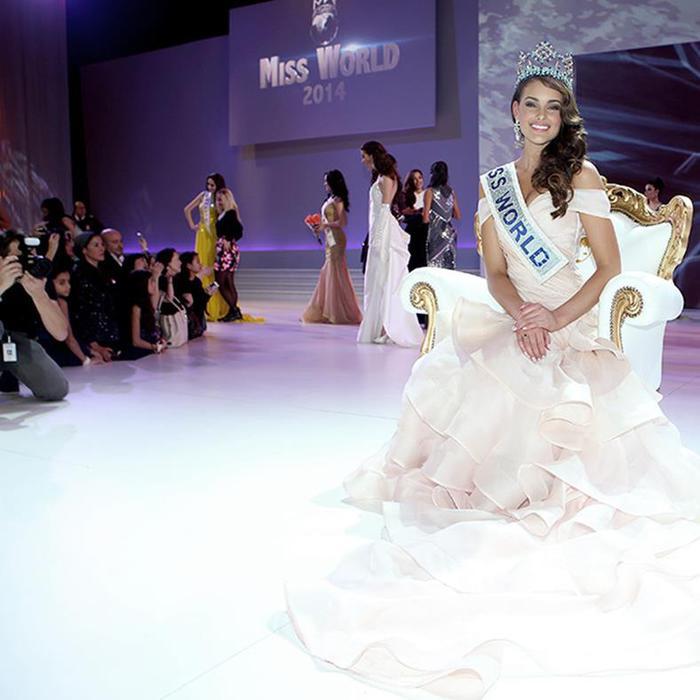 Личные фотографии новой «Мисс Мира 2014» Ролен Штраус 0 123082 afde56e8 orig