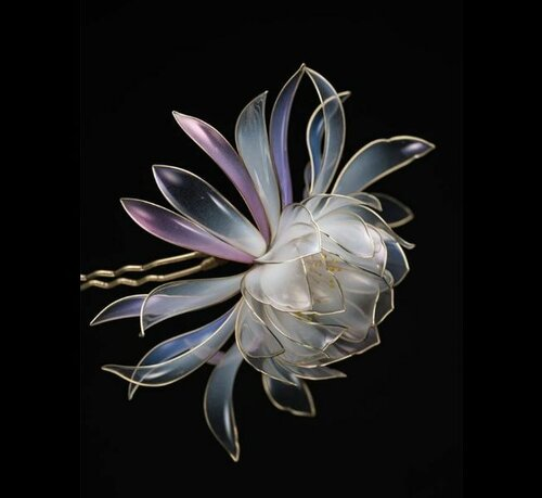 Цветы из жидкого пластика