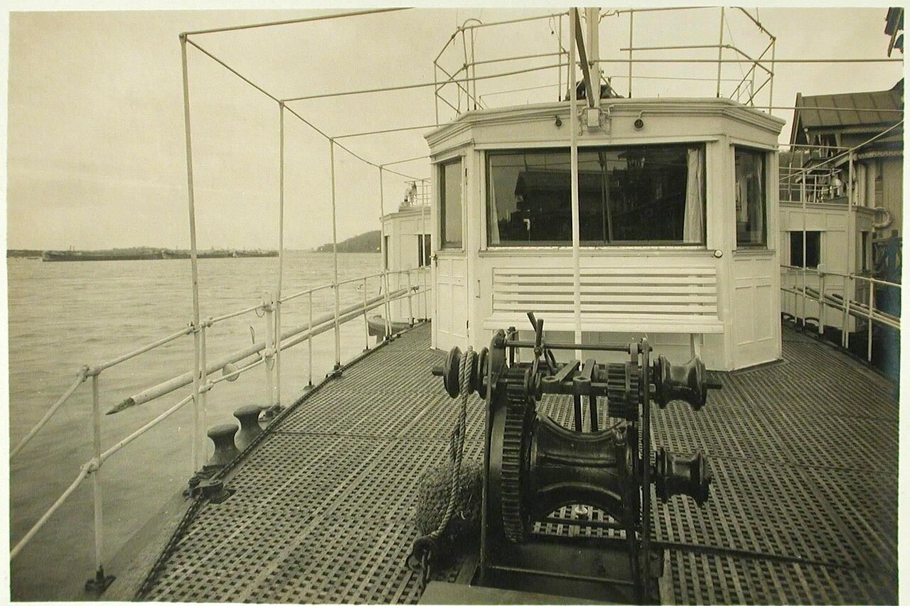 11. Вид части палубы парохода «Головачев»
