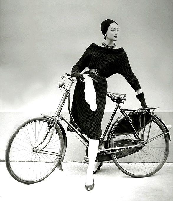 Ivy Nicholson models a bike.jpg