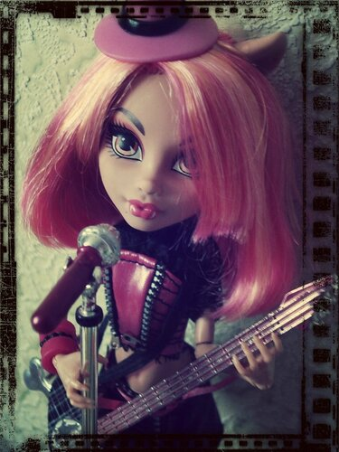 Фото наших Monster High - Страница 20 0_97ef4_717960fd_L