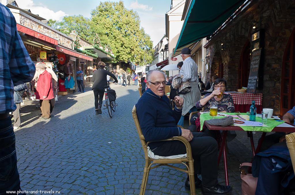 15. Хотя город Рюдесхайм - регион винодельческий, настоящий немец без пива обойтись не может