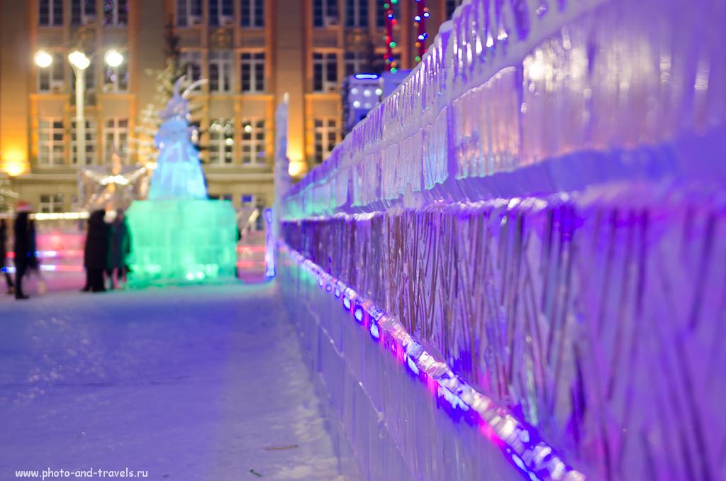 Фото 10. Ледяная стена в центре Екатеринбурга
