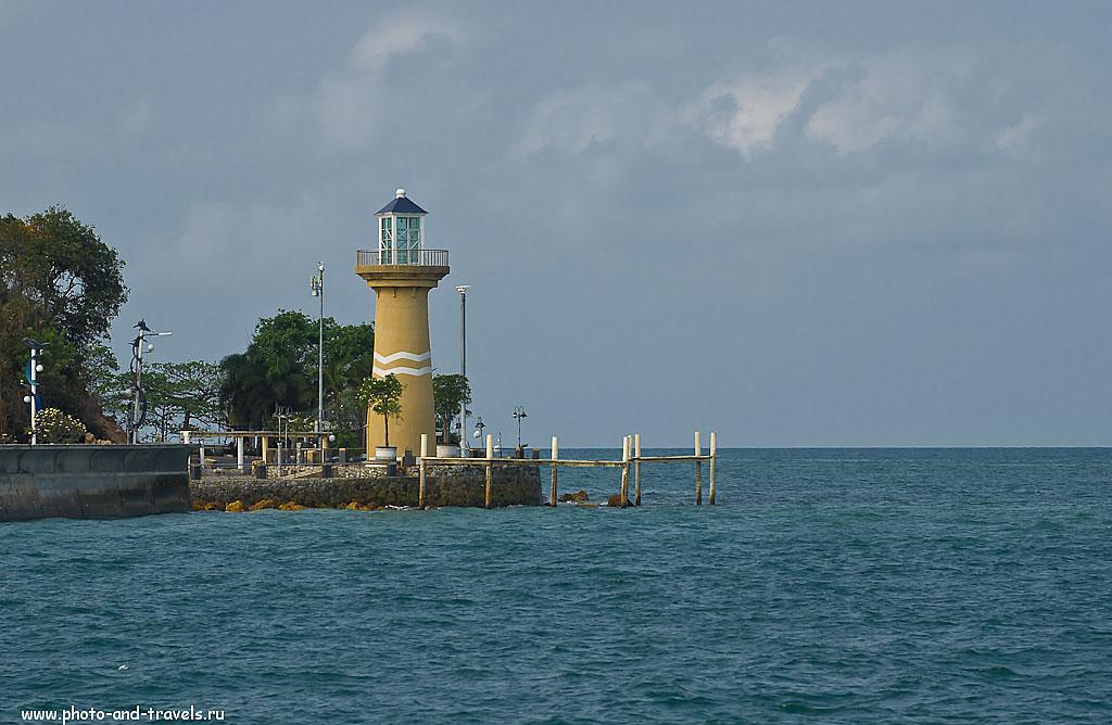 7. Маяк недалеко от пирса Бали Хай. Поездка на остров Ко Лана из Паттайи самостоятельно. Отзывы об отдыхе в Таиланде.