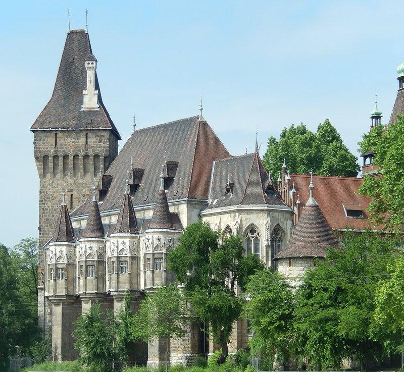 копия замка Хуньяд в Трансильвании (Хунедоара, сейчас Румыния)