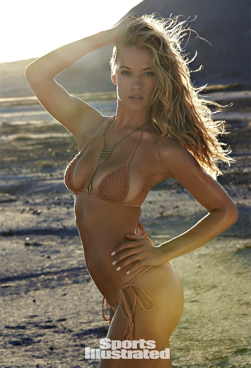 Ханна Фергюсон в купальниках Sports Illustrated Swimsuit 2015 - Hannah Ferguson by Ben Morris on U.S.Route 66