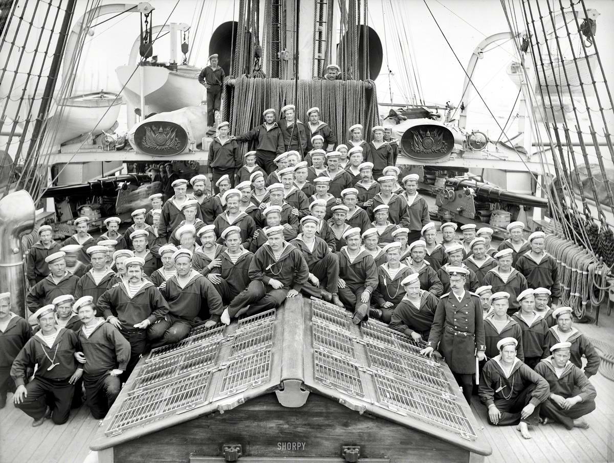 Корабли, речные суда и военные моряки на снимках американских фотографов конца 19 века (13)