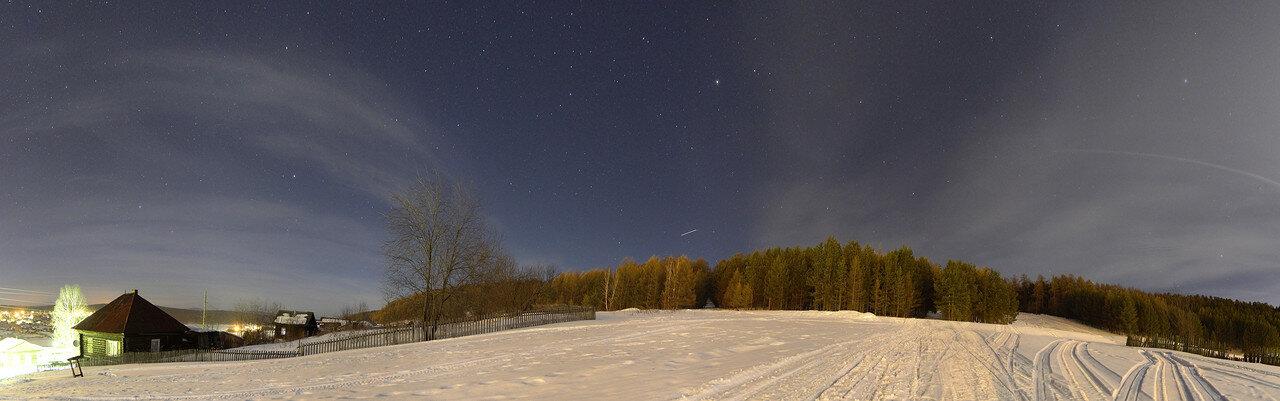 опушка леса на горе Моховой ночью